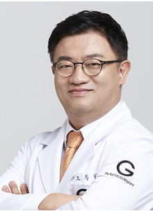 韩国歌柔飞整形医院鲁峰一