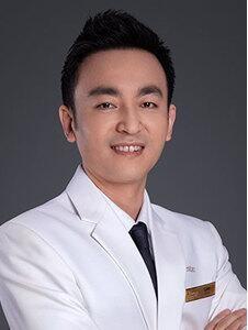 上海藝星醫療美容醫院李建兵