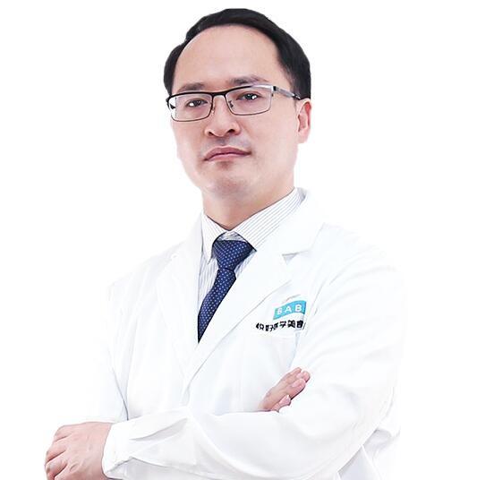四川悦好医学美容医院陈国双