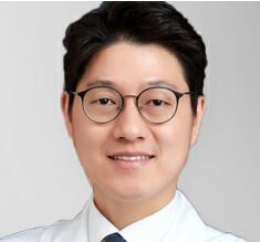 韩国原辰整形外科金采珉