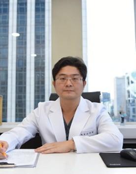 韩国明星整形医院高国镇