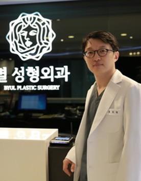 韩国明星整形医院洪龙泽