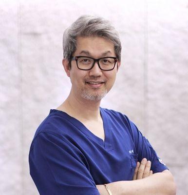 韩国纯真整形外科安敬天