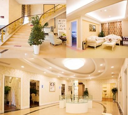 安徽维多利亚整形外科医院一楼楼梯及二楼大厅