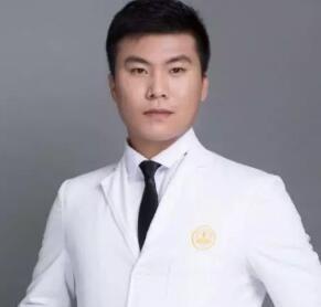南京秦淮美健医疗美容诊所邓文举