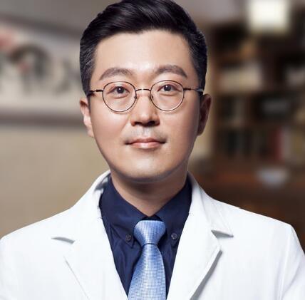 南京医科大学友谊整形外科医院金东勋