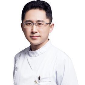 南京医科大学友谊整形外科医院李春龙