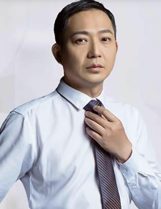 上海英博口腔门诊部 翁弘元