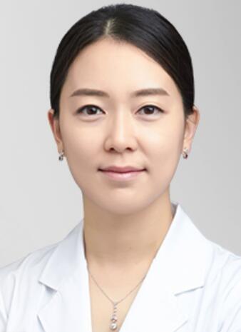 韩国原辰整形外科郑支恩