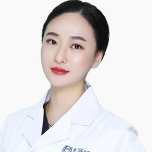 长春超龙牙博士口腔门诊部姜晓雯