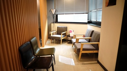 韩国profile普罗菲耳医院等候区