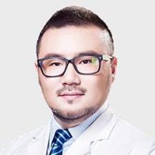 广州海峡医疗美容整形门诊部闫伦