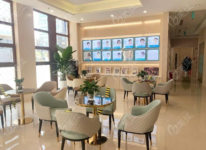 北京科尔口腔顾客休息区环境