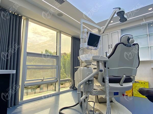 信阳华瑞口腔诊疗室
